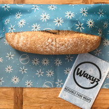 Load image into Gallery viewer, Waxyz extra large wrap in Daisy design. Ideal for keeping bread fresher for longer