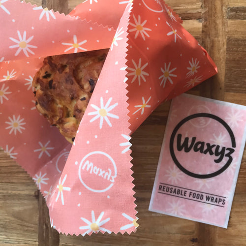 Waxyz Daisy food wrap extra large. Perfect for keeping food fresher for longer