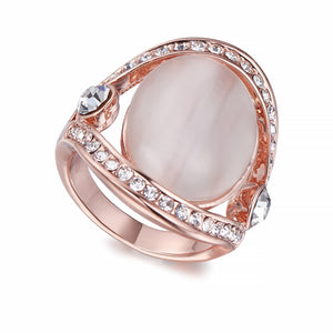 Rose Gold Ring With Crystals And Pearl | ${Vendor}
