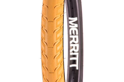 Merritt | Option Tire