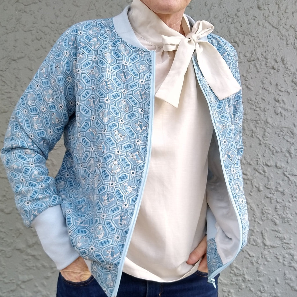 Bomber Jacket in Vintage Silk - Sky Blue