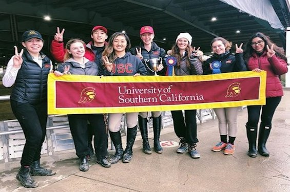 WELCOMING THE UNIVERSITY OF SOUTHERN CALIFORNIA EQUESTRIAN TEAM TO THE HYLOFIT FAMILY