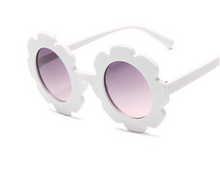Load image into Gallery viewer, Flower Sunnies