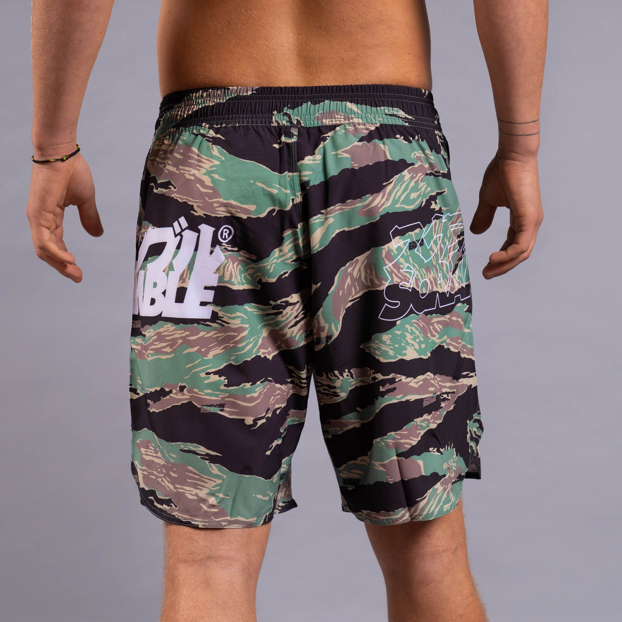 SCRAMBLE BASE SHORTS – TIGER CAMO