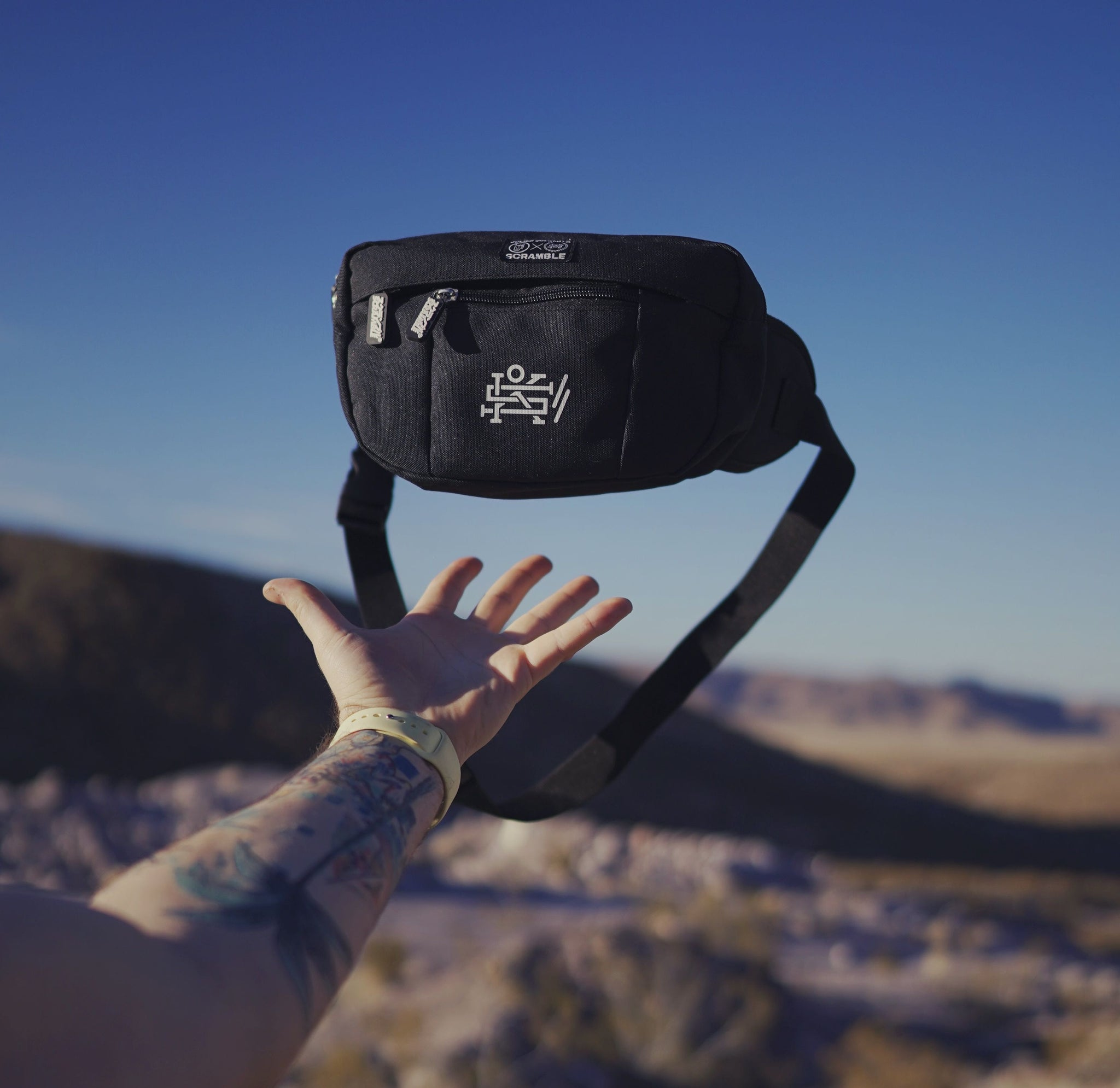 SCRAMBLE X JULIEN SOLOMITA – FANNY PACK – BLACK