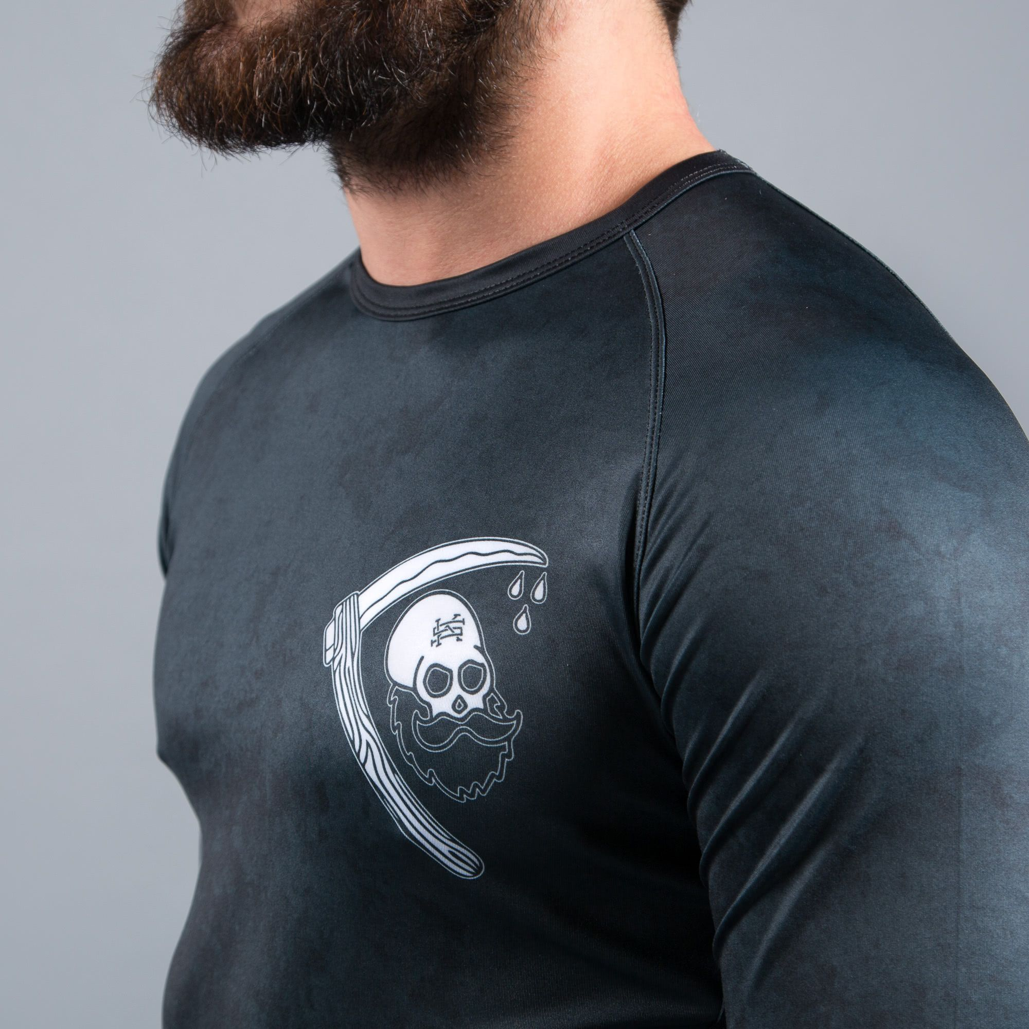 SCRAMBLE STRONG BEARD RASHGUARD