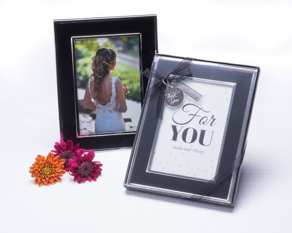 """Timeless Memories"" Photo Frame Favor"