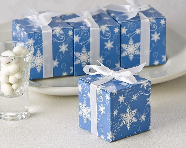 """Winter Wishes"" Snowflake Favor Box (24 Pack)"