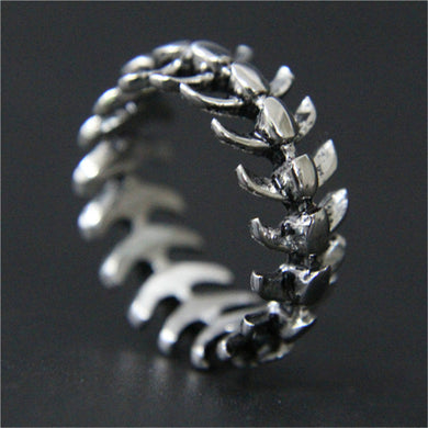 Fishy Spine Ring - Dinosaur Gifts & Accessories