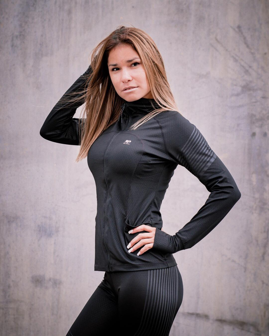 Vital Active Set - Legging, T-shirt, Sport Bra, Shorts & Sport Jacket