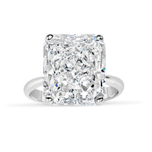 Load image into Gallery viewer, Radiant Cut Diamond Ring