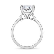 Load image into Gallery viewer, Oval Diamond Ring