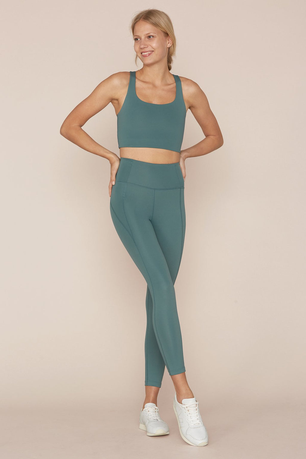 "COMPRESSIVE HIGH-RISE LEGGING 28.5"" - JADE"