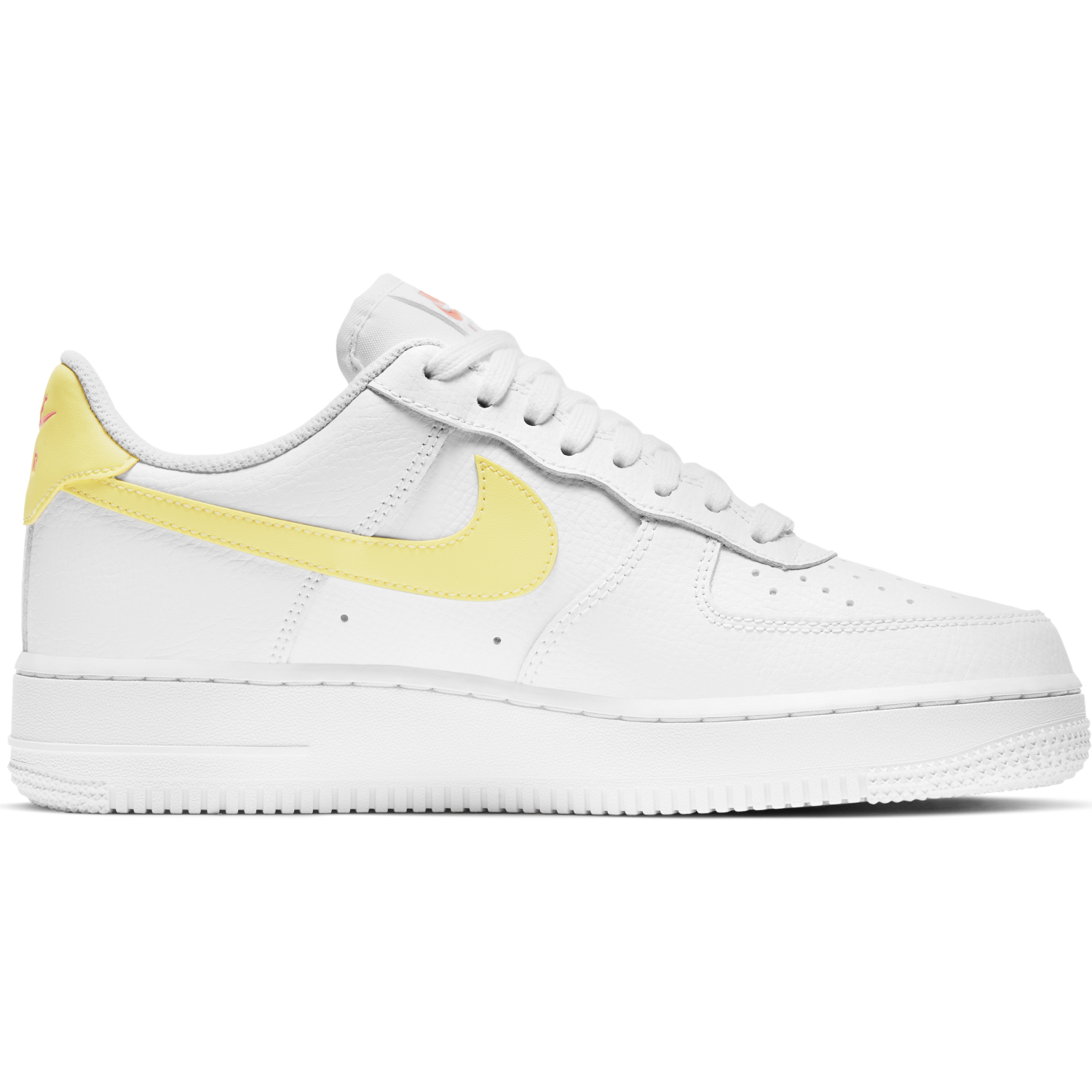 NIKE W'S FOOTWEAR W AIR FORCE 1 '07 - WHITE/LIGHT CITRON