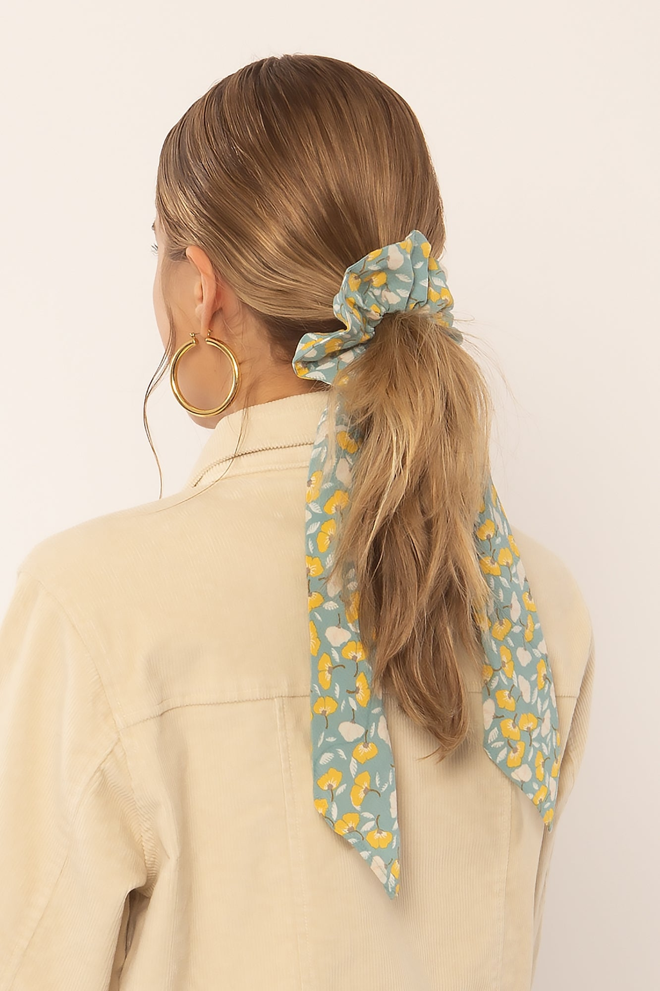 AMUSE SOCIETY ACCESSORIES SLATE O/S SWEPT AWAY WOVEN SCRUNCHIE SCARF