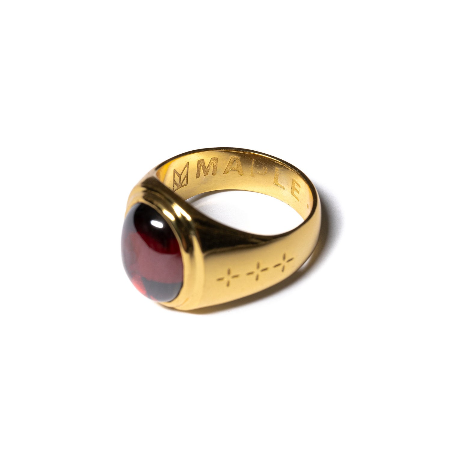 MAPLE JEWELERY TOMMY SIGNET RING (14K/RED GARNET)