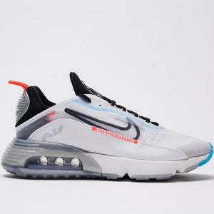 NIKE M'S FOOTWEAR AIR MAX 2090 - WHITE/BLACK-PURE PLATINUM