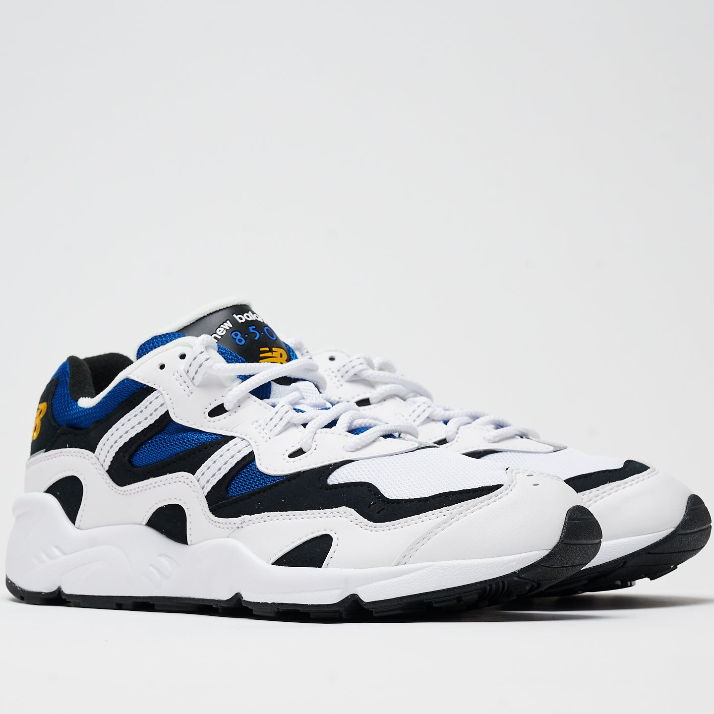 NEW BALANCE M'S FOOTWEAR 850 - WHITE/CLASSIC BLUE