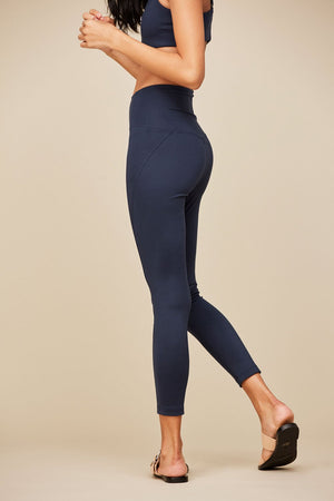 "COMPRESSIVE HIGH-RISE LEGGING 23 3/4"" - MIDNIGHT"