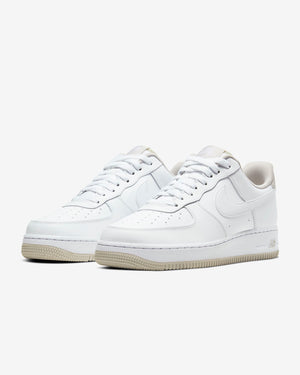 NIKE M'S FOOTWEAR AIR FORCE 1 '07 - WHITE/LIGHT BONE/WHITE