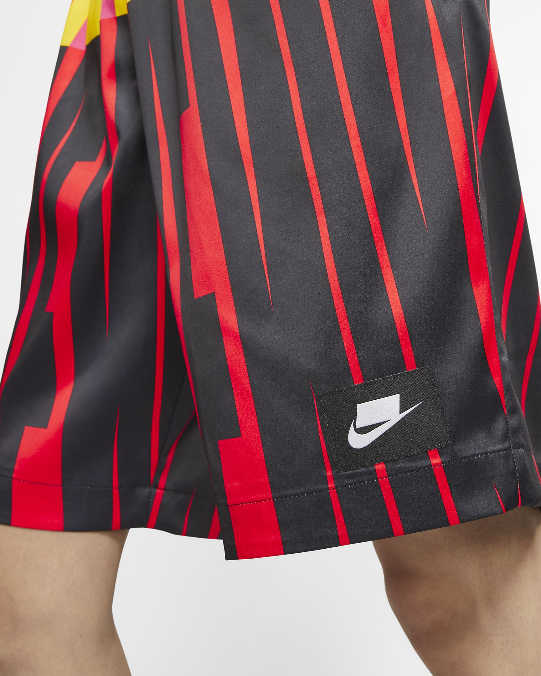 NIKE W'S SHORTS NSW COLLECTION SHORTS