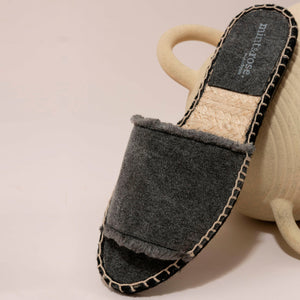 Olivia Slide Canvas Negro