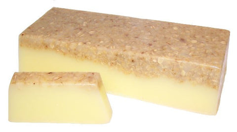 Banana & Coconut Smoothie Soap Bar - Topped with oats - The Wooden Elephant LTD