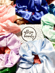 MYSTERY SATIN SCRUNCHIE PACK