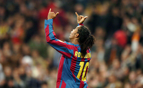 10 TIMES RONALDINHO TOOK THE ABSOLUTE PISS