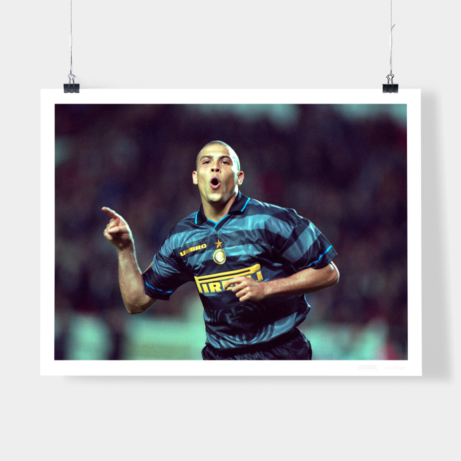 RONALDO, INTER MILAN, 1998 - WELL OFFSIDE PHOTOGRAPHY