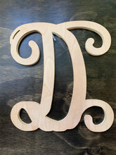 "Load image into Gallery viewer, 12"" Vine Letter - Downing Wood Works"