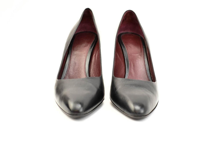 PRADA: Black, Leather Heels/Pumps Sz: 9.5M
