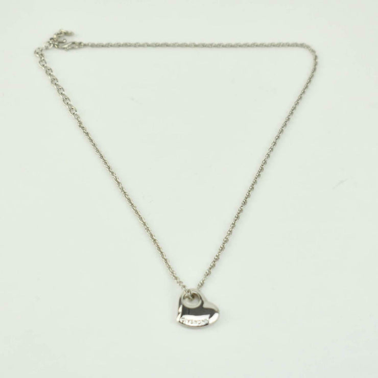 GIVENCHY: Silver, Metal Heart Logo Necklace (nz)