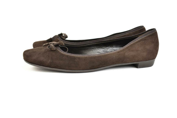 PRADA: Brown, Suede Leather & Logo Ballet Flats Sz: 8.5M
