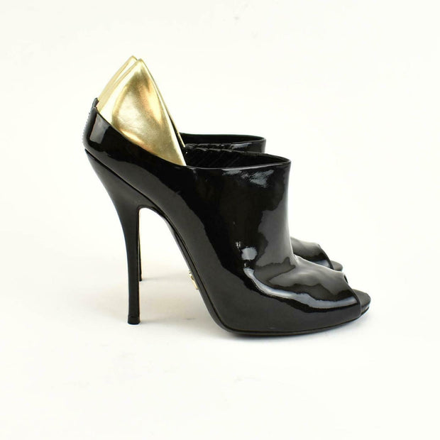 "GUCCI ""Hysteria"": Black, Patent Leather Ankle Boots/Booties Sz: 8B"