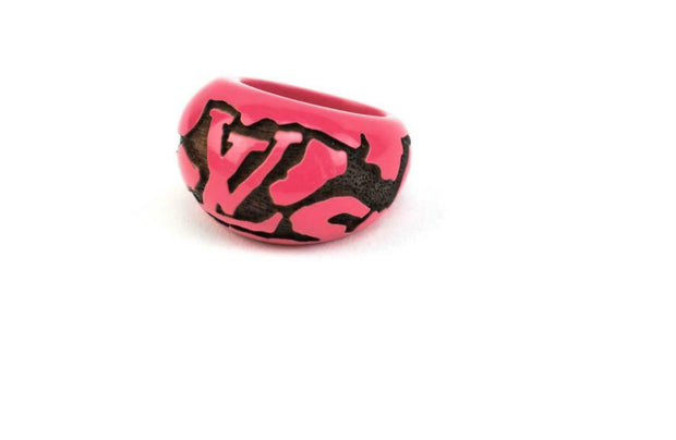 "LOUIS VUITTON: Hot Pink, ""LV"" Logo Carved Ring Sz: 6.5 (q)"