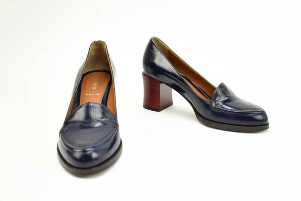 FENDI: Navy Blue, Leather Loafers/Pumps Sz: 5M