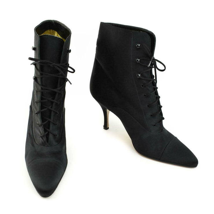 GUCCI: Black, Satin Lace-Up Short Boots Sz: 9M
