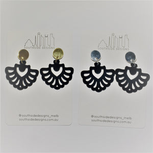 Art Deco Fan Dangles in Black