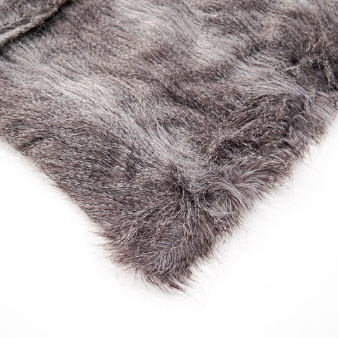 choco-cruz-fur-throw-large