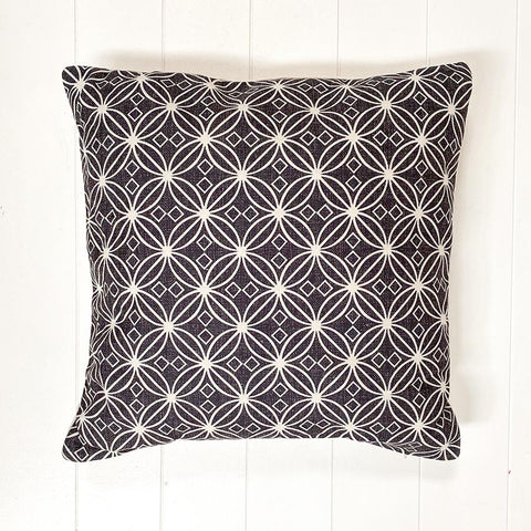 Black Shere Cushion