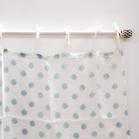 spotty-sky-curtain