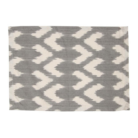 grey-arrow-tablemat
