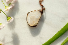 Load image into Gallery viewer, The Moondrop Necklace