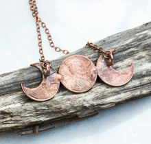 Load image into Gallery viewer, Moon Goddess Copper Necklace