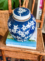 Beautiful Vintage Wedgwood Royal Blue Cream & Sugar