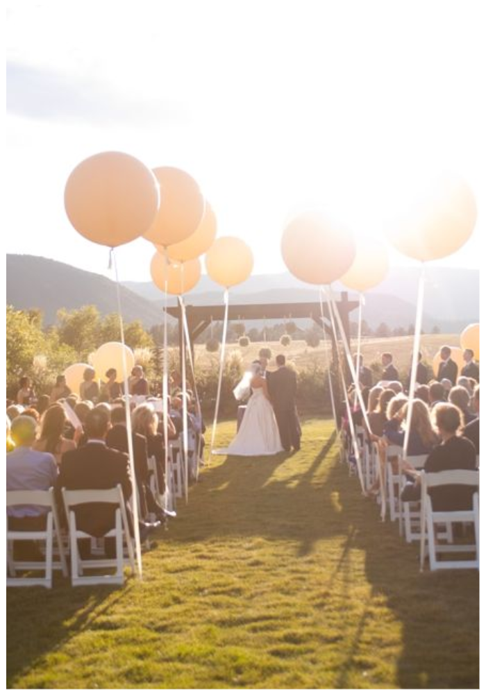 wedding decorations balloon aisle