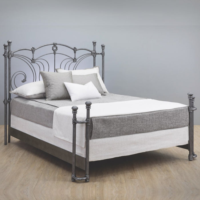 Chelsea Cast Bed - Return Posts