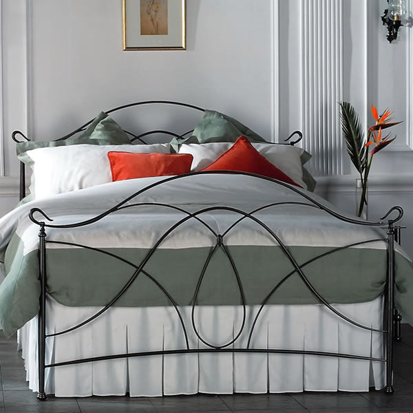 Ardno Cast Bed - Queen Size Pewter
