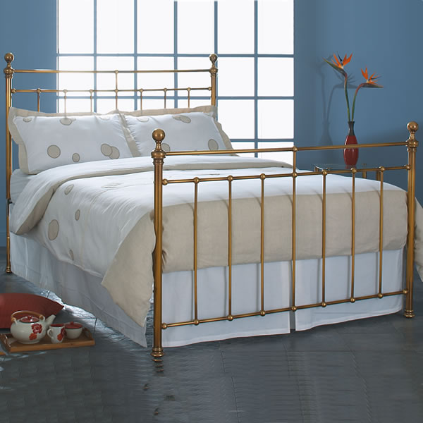 Blaxland Brass Bed